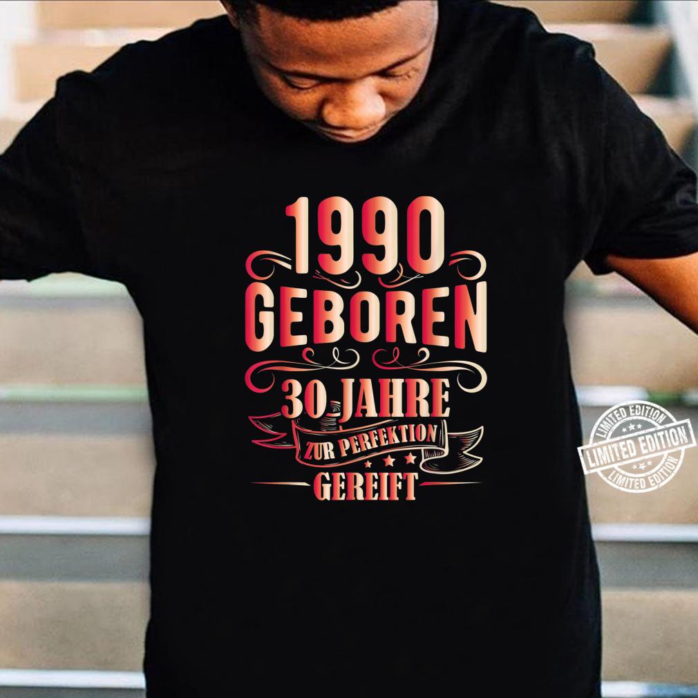 30 Mann Zur Perfektion Gereift Juni 1990 30. Geburtstag Shirt