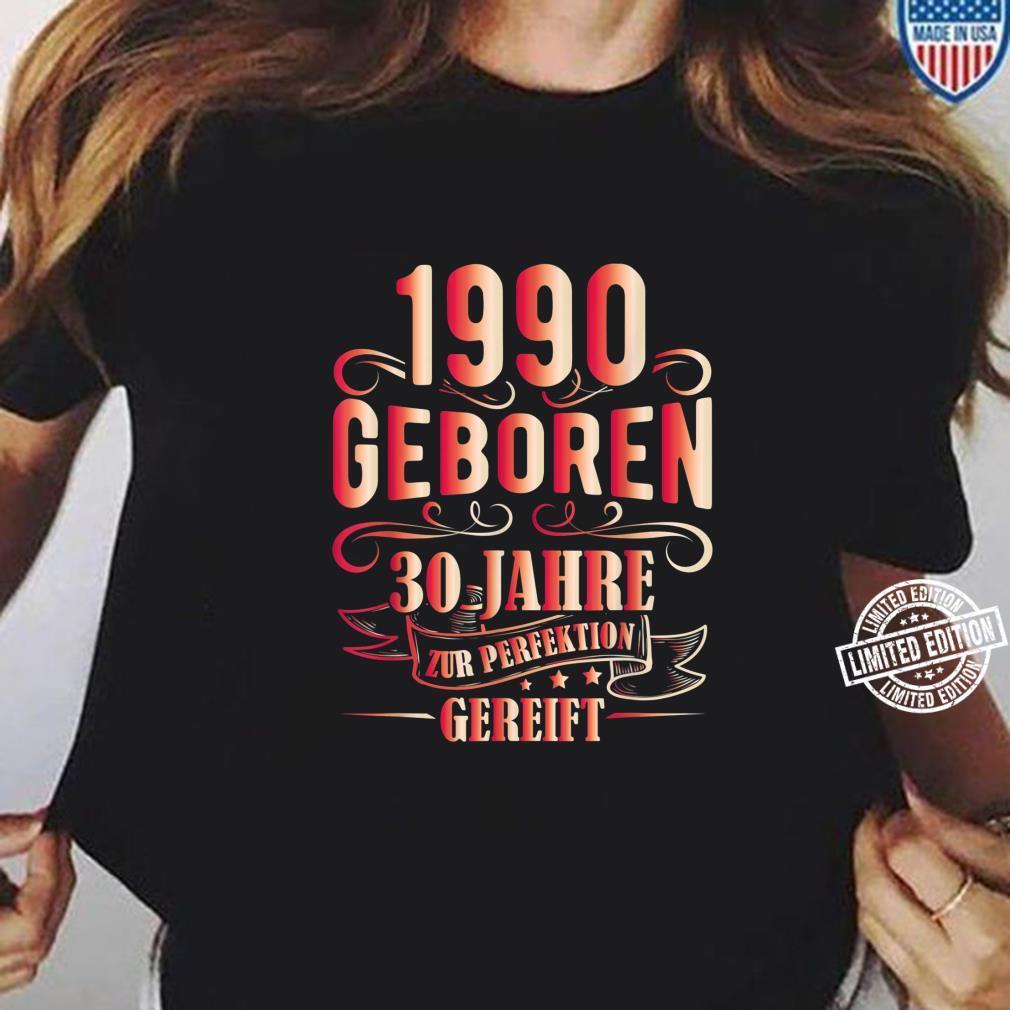 30 Mann Zur Perfektion Gereift Juni 1990 30. Geburtstag Shirt ladies tee